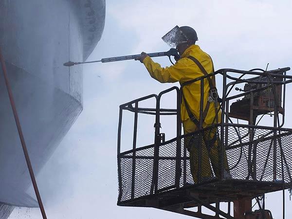Lavaggio-alta-pressione-e-pulizia-imbarcazioni
